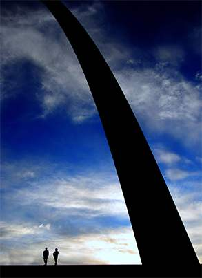 Silhouette of Arch (web)